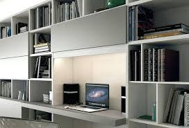 bibliothèque avec bureau intégré design d intérieur bureau integre bibliotheque library l10 est une