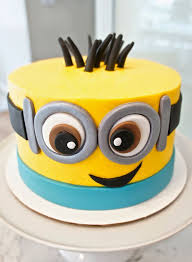 minion cakes 317 best cakes minion images on minion party