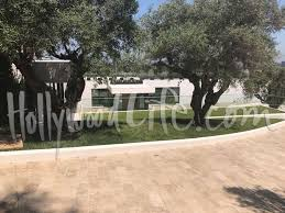 Bel Air Mansion Are Beyonce U0026 Jay Z Buying 130 Million Bel Air Mega Mansion