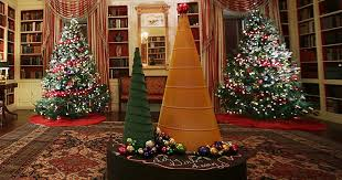 Decorated See The White House U0027s 2016 Christmas Decorations Photos Us Weekly