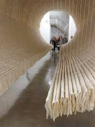 zhu jinshi suspends boat with 8 000 sheets of folded rice paper