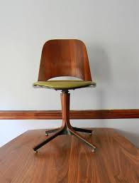 Wooden Desk Chairs With Wheels Design Ideas Choosing Modern Desk Chair For The Home All Office Desk Design