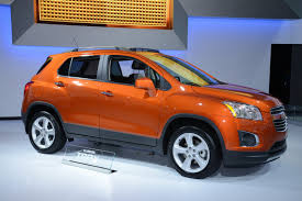 chevy jeep models gm doubles down on jeep renegade and nissan juke with chevrolet trax