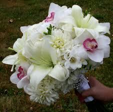 Wedding Flowers Orlando Sweet Cymbidiums Cymbidium Orchids White Lilies And Bridal Bouquets