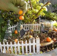 Homemade Halloween Decorations For Outside Miniature Halloween Decorations Spooky Halloween Store Halloween