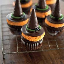 witch hat cupcakes ricardo