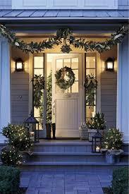 16 cheerful christmas door decorating ideas futurist architecture