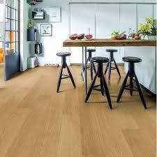 Laminate Flooring Direct Hillington Step Impressive Ultra Natural Varnished Oak Imu3106