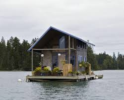 floating houses top 3 small floating homes