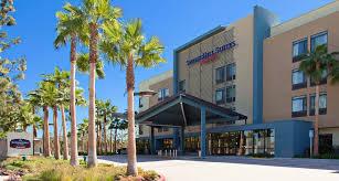 Comfort Inn And Suites Anaheim Springhill Suites Anaheim Maingate Hotel Near Disneyland