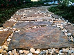 Flagstone Walkway Design Ideas by Flagstone Pathway Greenscapes Landscaping Atx Greenscapes