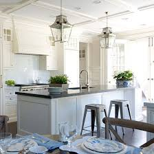 White Cabinets Kitchens Best 25 Off White Kitchen Cabinets Ideas On Pinterest Off White