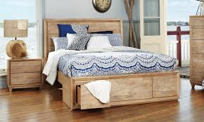 ashville timber queen size bed bedshed http www bedshed com