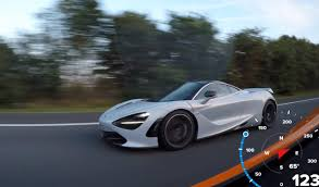 mclaren 720s mclaren 720s vs 675lt on the autobahn