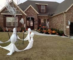 fun outdoor halloween yard decorations outdoor halloween