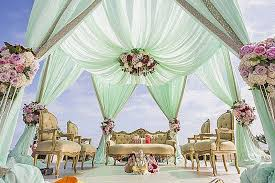 Bengali Mandap Decorations Such A Gorgeous Looking Wedding Mandap Setup With Drapes And