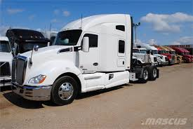 how much does a new kenworth truck cost kenworth t680 truck tractor units year of mnftr 2014 price r 468