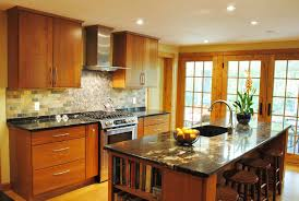 kitchen maid cabinets sale why choosing kraftmaid kitchen cabinets over the others