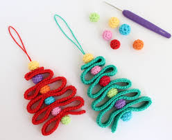12 diy crochet ornaments and decorations shelterness