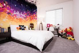 fresque chambre b maison contemporaine à la décoration brute fresque murale fresque