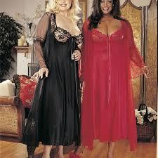 2 pc gown peignoir set curvy