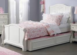 white melamine finished teak wood queen size trundle bed with soft