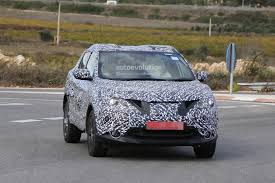 nissan leaf spy shots spyshots 2014 nissan qashqai spied a day before debut autoevolution