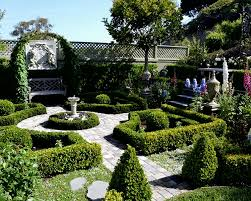 informal english garden vs formal french garden how to