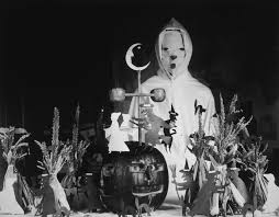 The Scariest Halloween Decoration Ideas For Your Vintage Home