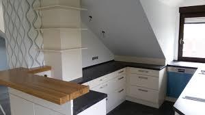 Einbauk He Stunning Küche Mit Dachschräge Planen Photos Janomeamerica Us