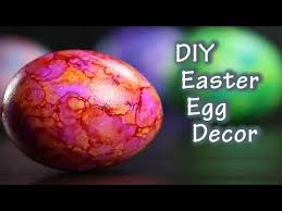 Decorating Easter Eggs Youtube by 15 Best Egg Dying You Tube Images On Pinterest Friends Family