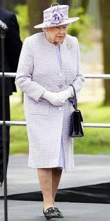 queen elizabeth u0027s best monochrome looks instyle com