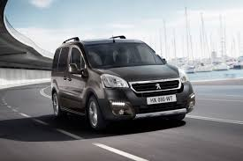 peugeot partner interior peugeot partner pictures posters news and videos on your