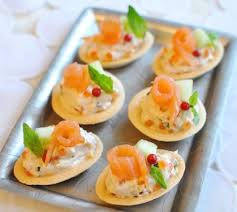 canap au saumon fum et mascarpone mini tartelettes au saumon et mascarpone envie de bien manger