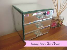 mirrored makeup storage 4830