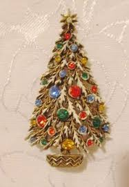 christmas tree pins collectibles pretty vintage christmas tree