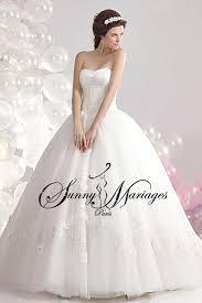 mariage chetre tenue robe de mariee princesse et bustier chic et pas chere mariage