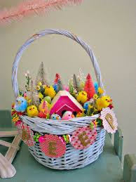 Vintage Style Easter Decorations by 812 Best Celebrating The Holiday U0027s Images On Pinterest Vintage