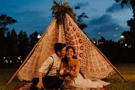 gayle and marc u0027s bohemian backyard wedding at wheeler u0027s estate