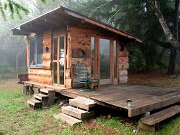 Tiny Cottage Design by Best 25 Tiny Cabins Ideas On Pinterest Small Cabins Small Log