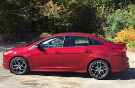 review 2015 ford focus se is the fun starter car you u0027ve been