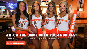 hooters restaurant food u0026 wings beer sports hooters girls