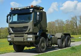 renault trucks defense defesanet land iveco defence vehicles to deliver first 400