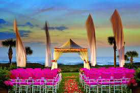 cheap wedding venues island best luxury beachfront wedding venues in the us pursuitist