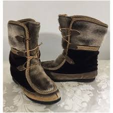 womens moccasin boots size 11 shop indian boots on wanelo