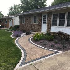 Landscaping Bloomington Il by Spring Foundation Plantings Serenity Creek Design U0026 Landscaping