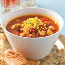 cuisiner pois chiches soupe au poulet et pois chiches à la marocaine recettes