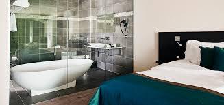 salle de bain dans une chambre chambre salle de bain ouverte kirafes