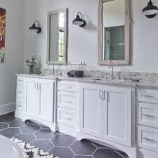 Modern Farmhouse Bathroom Photos Hgtv