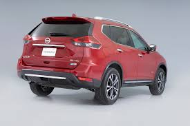 nissan rogue door handle refreshing or revolting 2017 nissan rogue